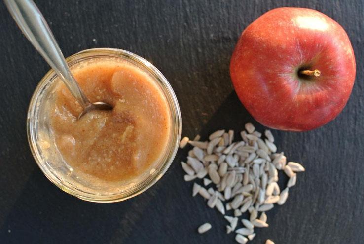 Nussige Apfelade - die etwas andere Apfelmarmelade (auch für Thermomix)