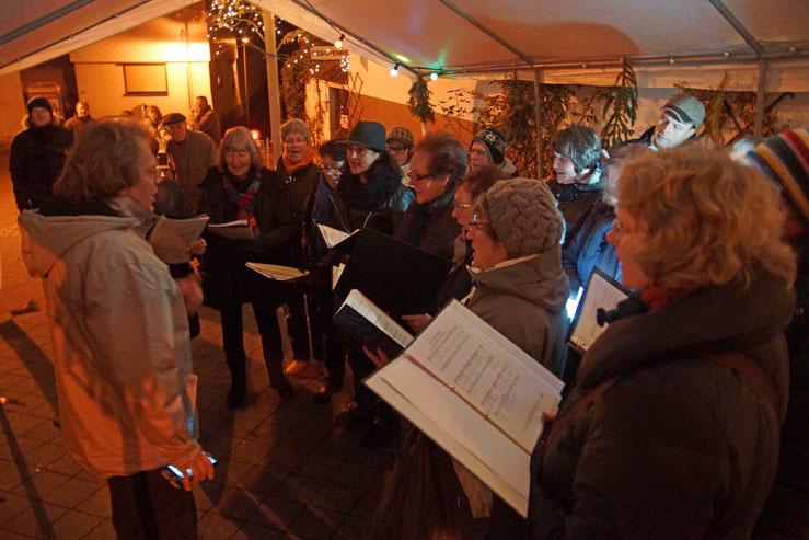 Auftritt von Da Capo beim Weihnachtsmarkt in Wernorn 2015
