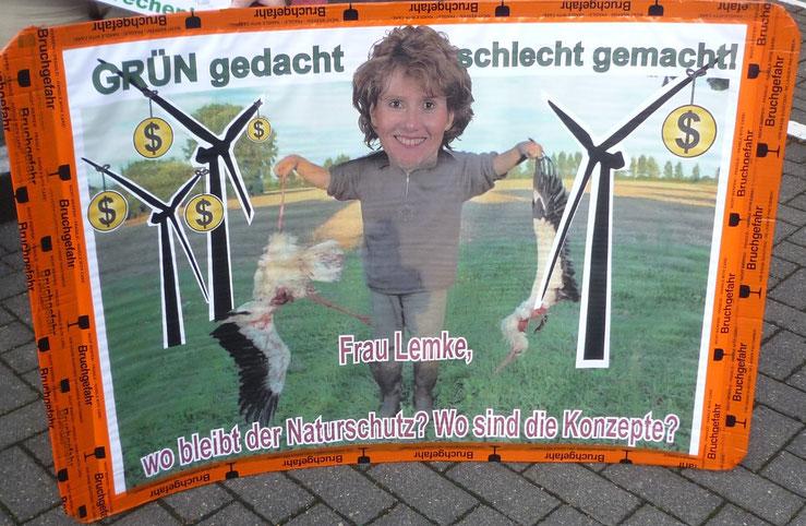 Sehr zutreffendes Plakat, aufgenommen am Rande der Sitzung der Planungsgemeinschaft im Juli 2015