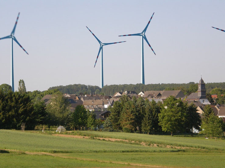 Niederwallmenach (Sicht aus Richtung Bornich)