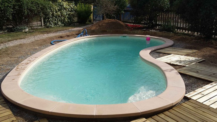 Installation piscine enterree coque polyester Nohic 82370