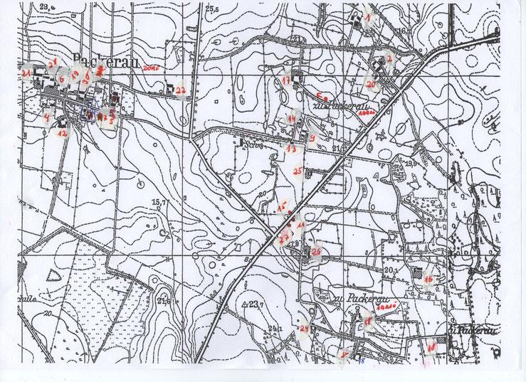 Rekonstruktionsversuch Dorf und Abbauten Packerau nach Betty Scharmacher, geb. Bass. Im Kartenwerk sind alle Gebäude und Hofstellen eingezeichnet.  Betty hat dieses mit Zahlen unterlegt.