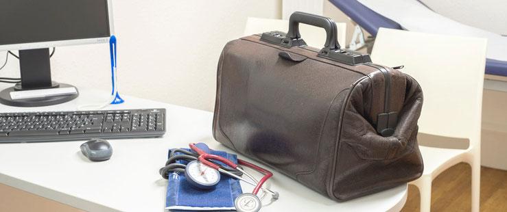 Hausarzttasche in der Praxis Meldauer Berg in Verden
