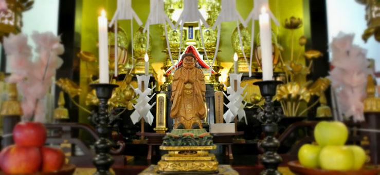 慶国寺に安置してある鬼子母神様