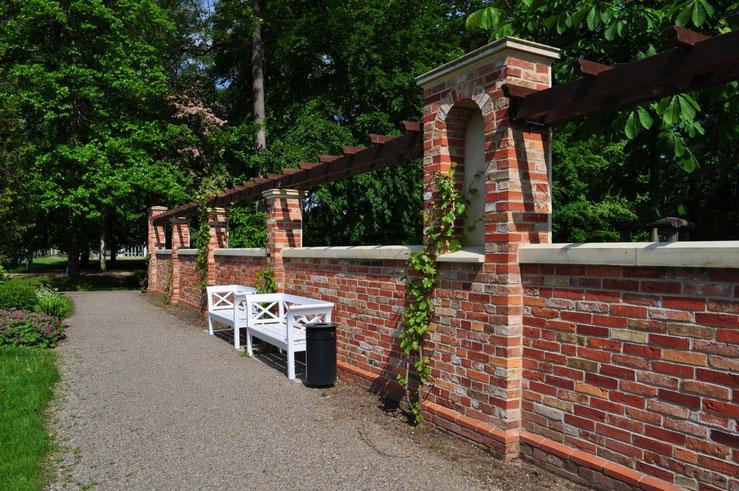 Schloß Mauer Park Schwerin