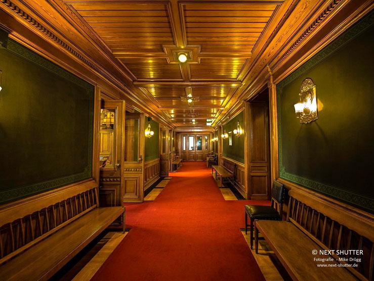 Zugang zur Bürgerschaft, dem Landesparlament / Hallway leading to state parliament