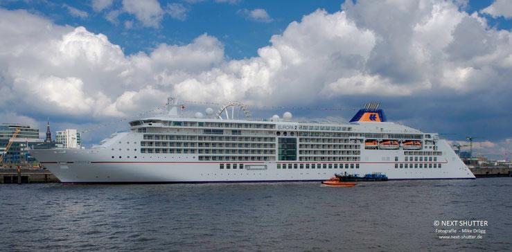 """Die """"Europa 2 """", das einzige 5 - Sterne plus -  Schiff der Welt.  Eine echte Oase des Luxus"""