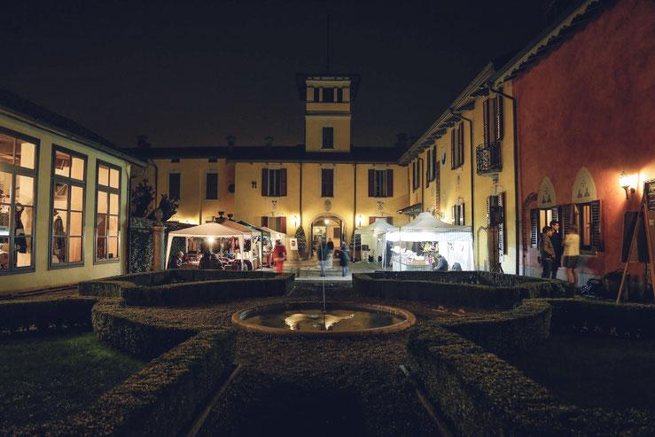 vintage christmas market villa porro lonate pozzolo