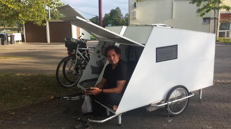 bildergalarie wohnwagen f r 39 s fahrrad webseite. Black Bedroom Furniture Sets. Home Design Ideas