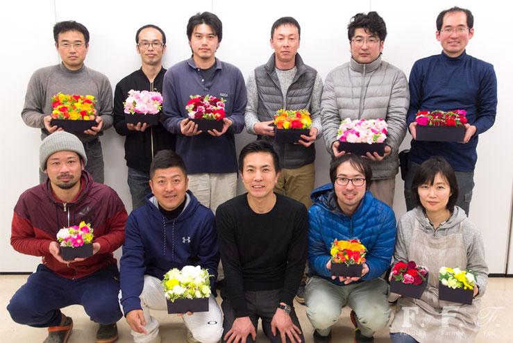 紙谷昌弘氏と北崎の花卉農家の皆さん