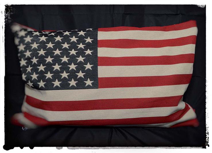 """Kissen """"US-Flag"""", Maße 60x40cm, feiner Brokatstoff aus Amsterdam"""