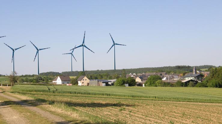 Niederwallmenach (Sicht von der Römerstraße Richtung Reitzenhain)