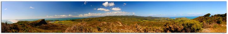 Panorama mit Himmel und Meer beim Farewell Spit