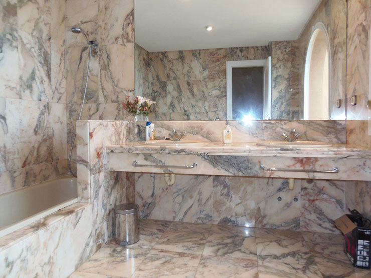 2. Bad im Wohnhaus