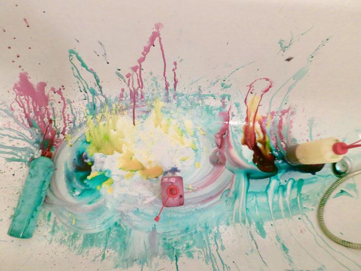 Färbespaß- wie meine Badewanne nach dem Färben aussieht