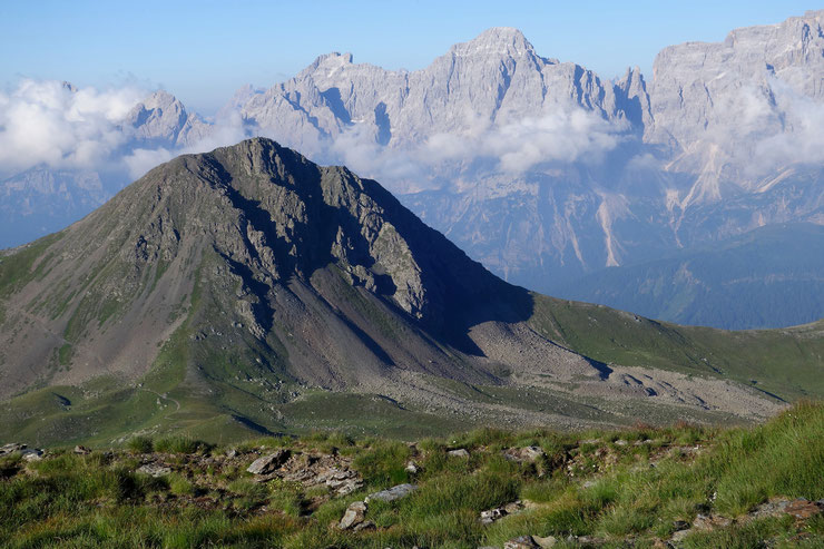 Knieberg mit den Südtiroler Dolomiten
