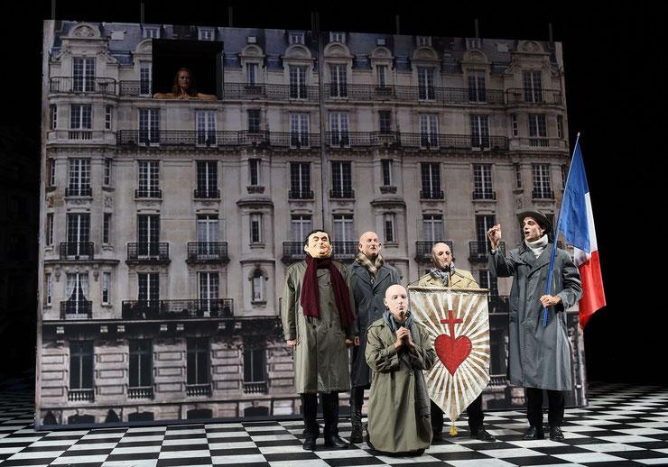 剧照:巴黎人Les Parisiensà  导演:Olivier Py (2017)