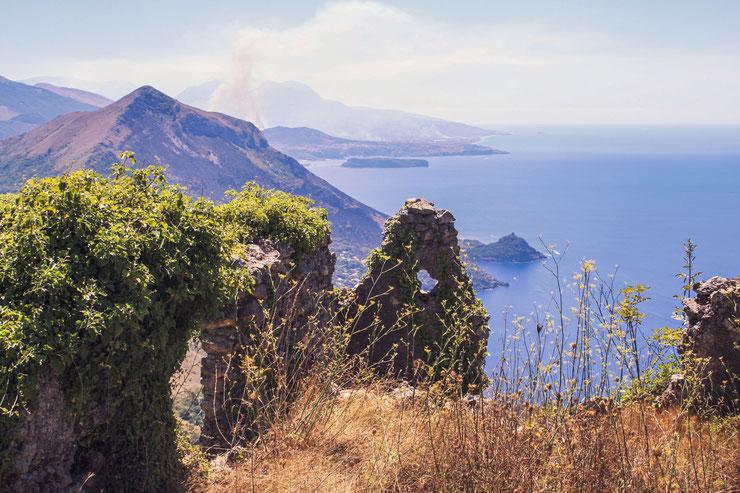 Basilikata Küste und blaues Meer