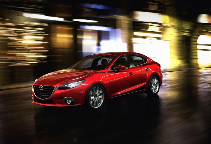 新型アクセラ(Mazda3)セダン