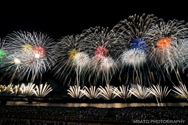 """Vamos conhecer os festivais de hanabi """"TOP"""" do Japão? Festival de Hanabi de Nagaoka, Niigata"""