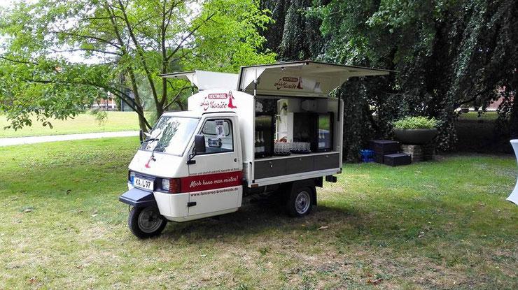 Das Sektmobil im Botanischen Garten in Karlsruhe