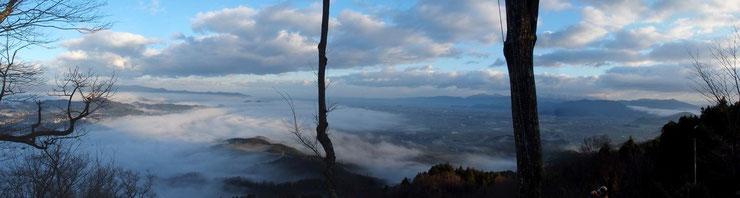 山頂からの福井市方面の展望です