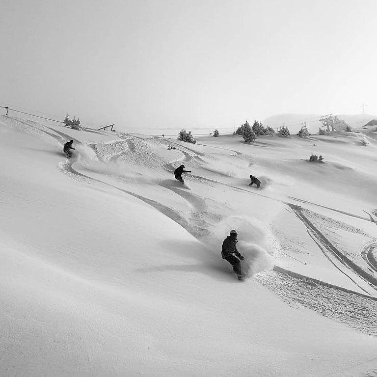 SBX athletes having fun in fresh snow
