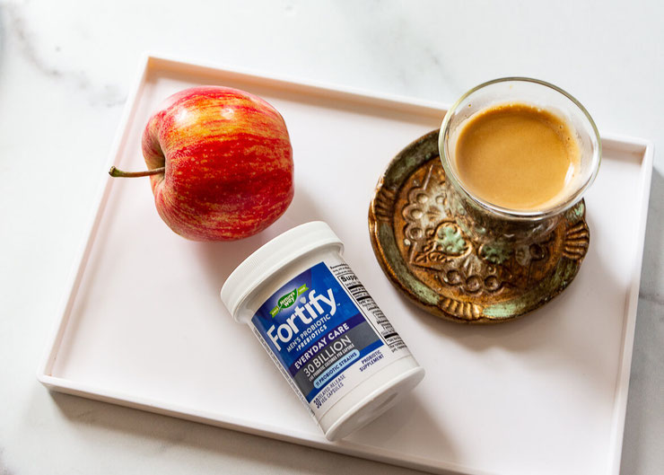 Confused by the probiotic supplement aisle? Learn to pick probiotic strains for immune health, gut health & women's health. #ad #probiotics #supplement #immunehealth #immunity #immunesystem #guthealth #microbiome #womenshealth #menshealth #probioticstrain