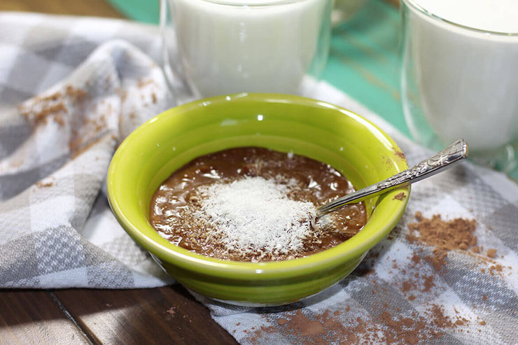 Curb that sweet tooth with this healthy vegan chocolate pudding! This one is dairy free and is a peanut butter delight! #vegan #chocolatepudding #puddingdesserts #plantbased #dairyfree #glutenfree #lowsugar #lowsugardessert