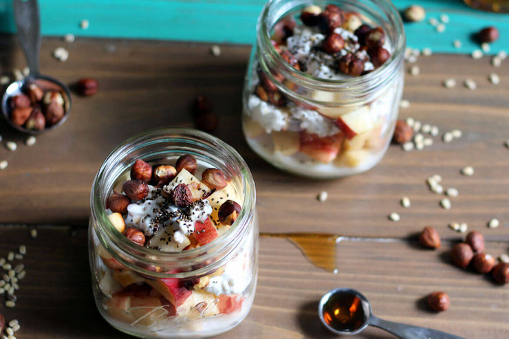 The only thing better than overnight oatmeal is an overnight barley breakfast bowl. Elevate your barley dishes with maple syrup and chia seeds for the ultimate brunch menu idea. #sponsored @maplefromcanada #amyseatlist #breakfastbowl #brunchgoals #barley