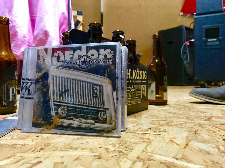 Bild von der ersten CD von der Band Akkis Garage