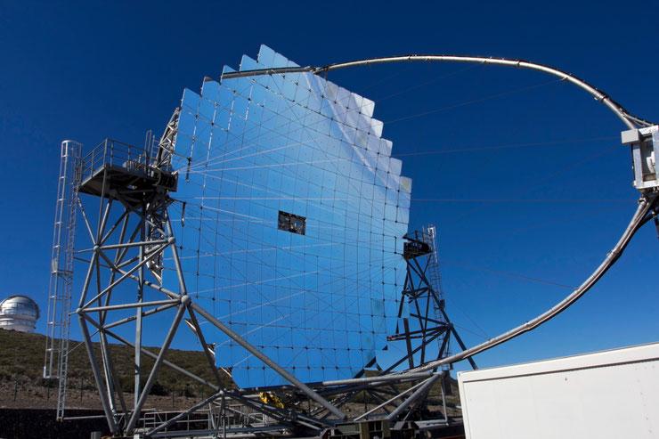 """MAGIC"" teleskopas ant Taburientės kraterio šlaito / Foto: Kristina Stalnionytė"