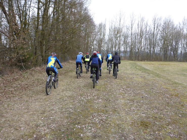 ... Schöne 42 km Rundtour um Biberach mit am Ende doch vielen Höhenmetern und Extraschlaufen ...