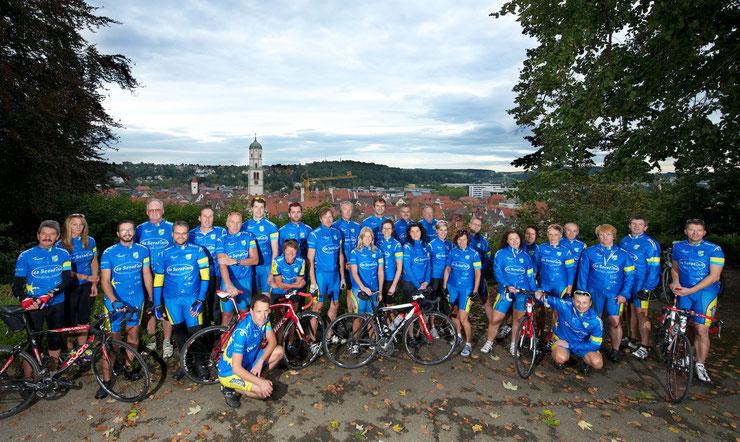 Radtreff Biberach, Gruppenfoto mit Blick auf Biberach Herbst 2013