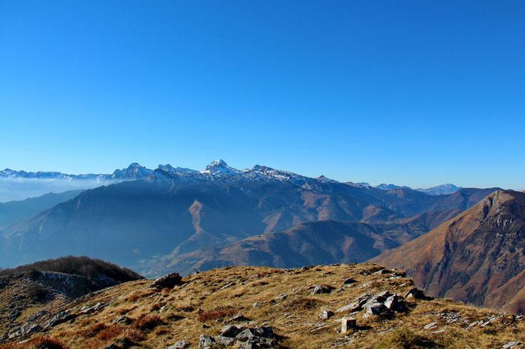 Au Sud-Ouest, le Pic d'Anie (2504m)