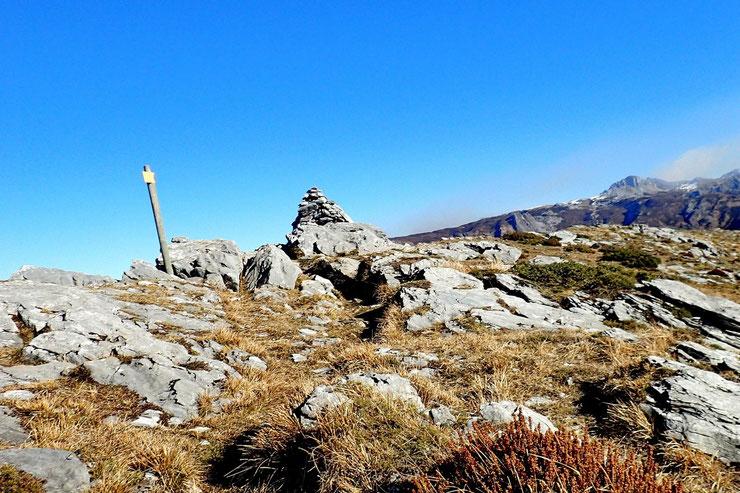 Début de la descente  qui se fera par le Plateau d'Ourdinse.