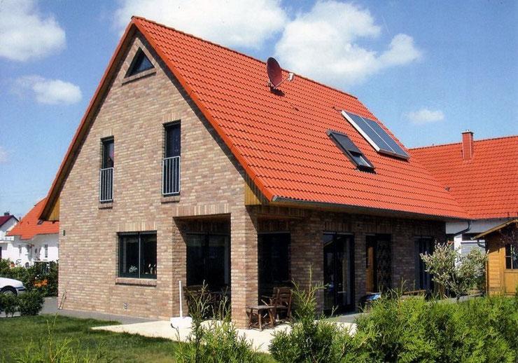 F-SF115 Stadthaus mit 6 Zimmer plus Küche Bad 2 x G.-WC Diele und HAR