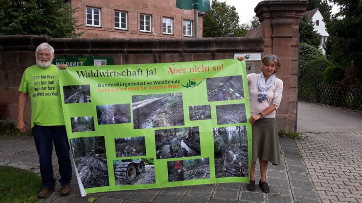BBIWS-Aktivisten vor dem Forstamt Nürnberg-Laufamholz der BaySF - 20190819 - Copyright BBIWS
