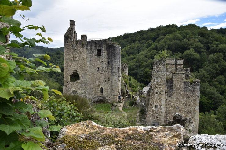 3 étages d'un des édifices les mieux conservés des tours de Merle en Corrèze