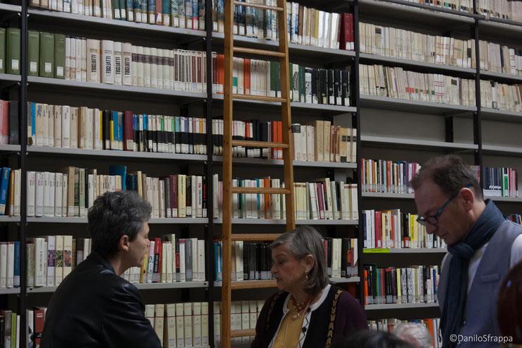 Città della Pieve - BIblioteca F. Melosio - 21 marzo 2018 - La Poetessa Anna Maria Farabbi a sinistra nella foto