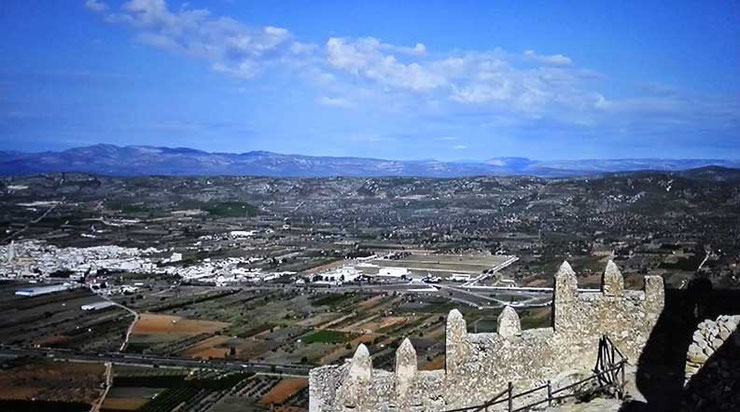 Castillo y pueblo de Xivert en Castellón (Comunida Valenciana)