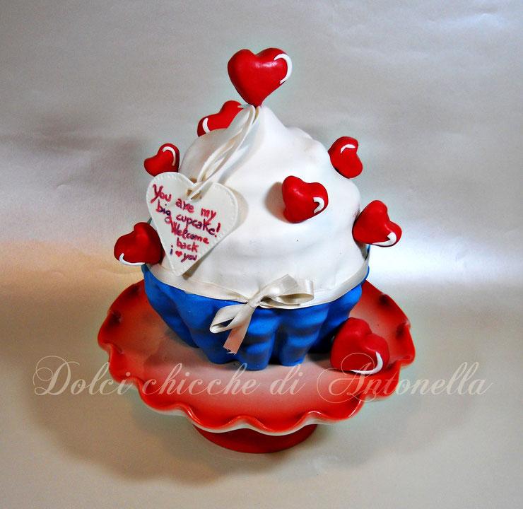 TORT cupcake- giant cupcake-dolci-la spezia-torte decorate-liguria