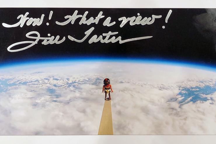 Autograph Jill Tartar Autogramm