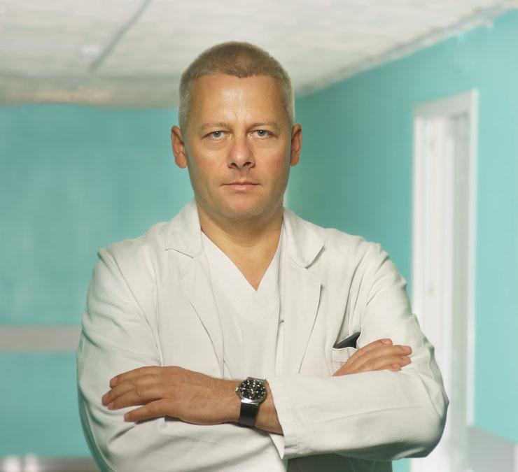 – врач нейрохирург высшей категории