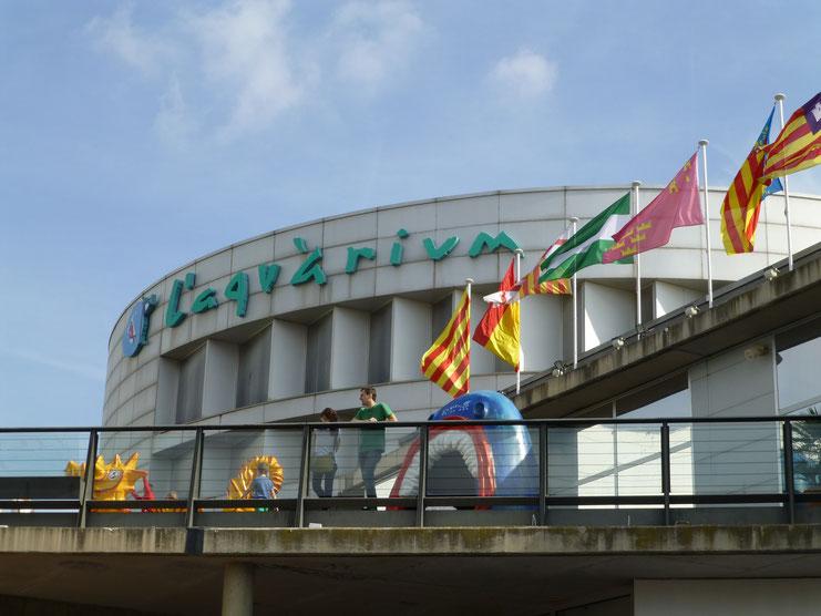 L'Aquarium Barcelona with Baby