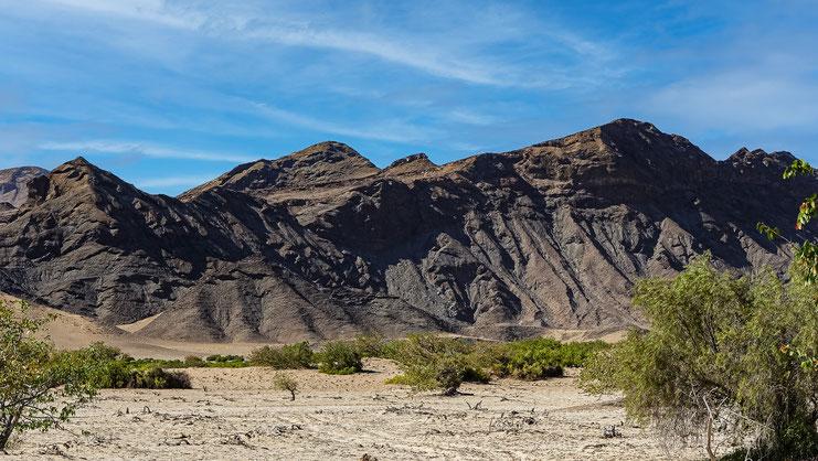 Paysage désertique près de Sesfontain, Namibie