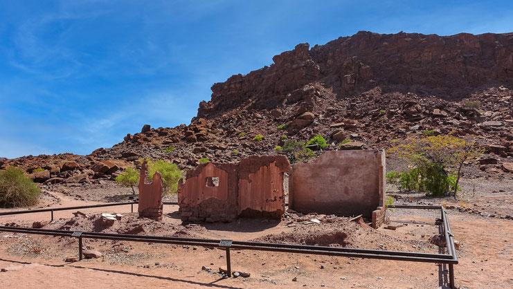 Ruines du XXème siècle, Twyfefontein, Namibie