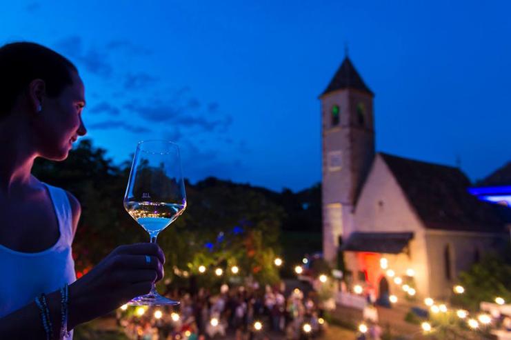 """Kaltern """"Ganz in Weiß"""" Caldaro """"in abito bianco"""" Gourmet Südtirol"""