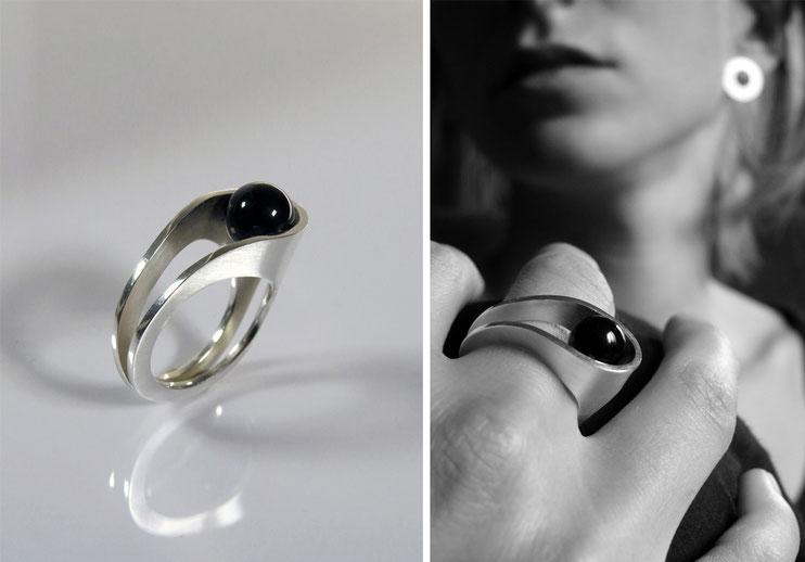 Ring Lascive  silver, black agate pearl - Nelly Chemin - contemporary jewelry