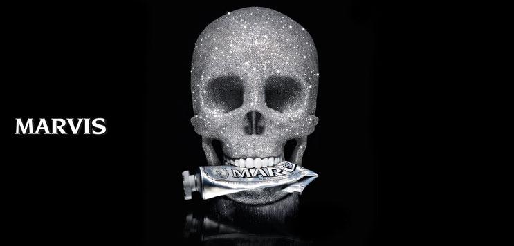 Entdecken Sie die Zahnpflege-Produkte von MARVIS. Frech, ikonisch, originell. MARVIS übertrifft das Konzept der traditionellen Zahnpasta. ZahnPflege | Zahnpasta | Zahncreme | Online-Shop | PRETTY PRETTY